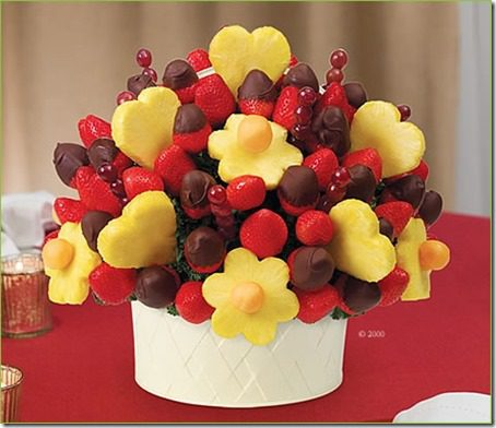 edible arrangments thumb Best Valentine's Day Gifts for Runners