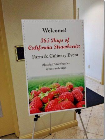 365 days of strawberries 600x800 thumb (I'm Going to Eat) 365 Strawberries