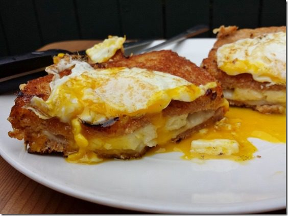 grilled cheese with egg on top 2 800x600 thumb Grilled Cheese Topped with Egg