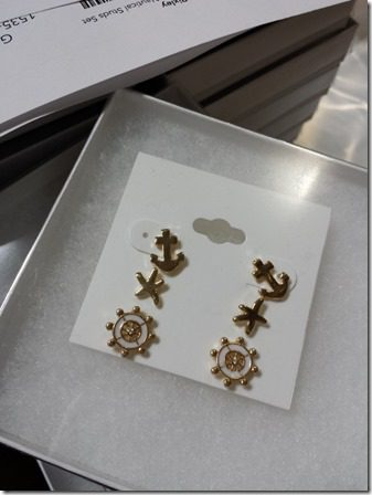anchor earrings 800x600 thumb What Really Goes on at StitchFix–behind the scenes at the mail order style company