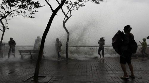 """Тайфун """"Хайма"""" обрушился на континентальный Китай"""