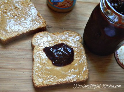 classic peanut butter jelly sandwich not soggy2
