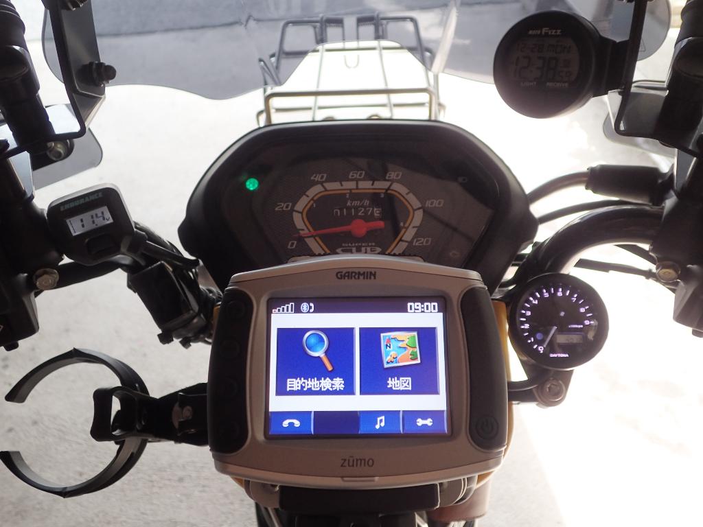 [CC110] カスタマイズ … タコメーターと電波時計を装着