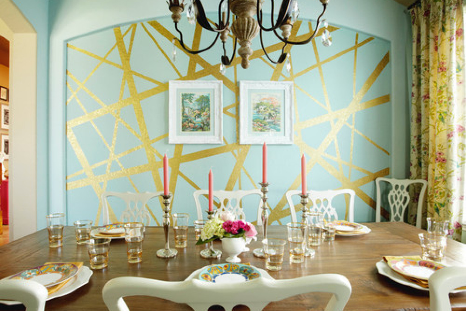 8 Incredible Interior Paint Ideas From Real Homes That Turn A Wall     8 Incredible Interior Paint Ideas From Real Homes That Turn A Wall Into A  Masterpiece  PHOTOS    HuffPost