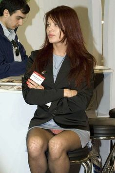 stewardess upskirt no panties