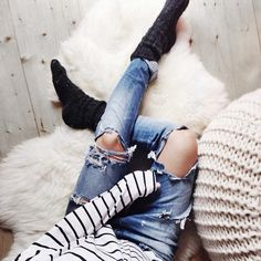 LOVE RIPED JEANS!