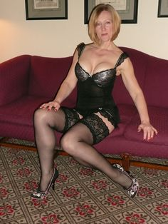 mature women in girdles porn
