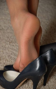writing on soles of feet