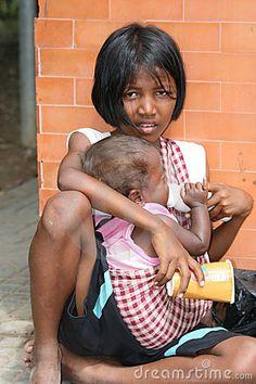 poor cambodian street girl selling