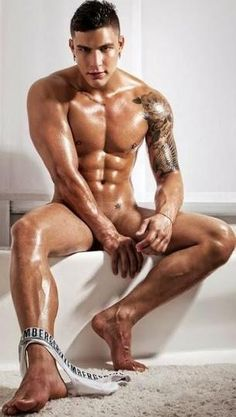 male musclehunks tumblr