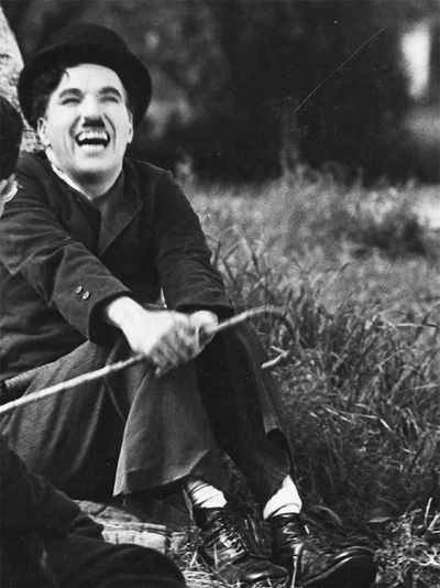 Charlie Chaplin in 'Modern Times' (Film; 1936) | Charlie ...