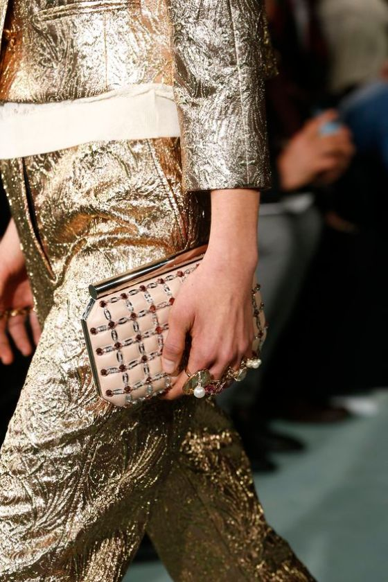 Oscar de la Renta Fall 2016 Ready-to-Wear Fashion Show Details: