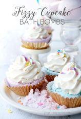 DIY Fizzy Cupcake Bath Bombs