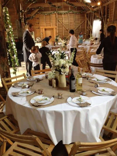17 Best ideas about Rustic Wedding Tables on Pinterest ...