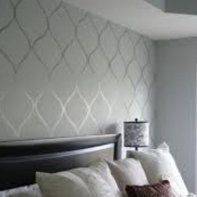high gloss paint design over flat paint walls (same color ...
