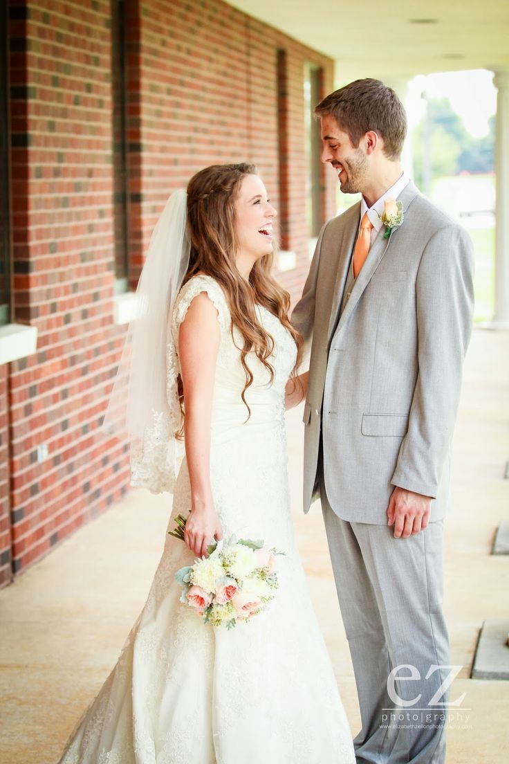 dillards wedding dresses dillards wedding dress Jill Duggar and Derick Dillard first look they are why I want to do a first look See More BHLDN Wedding Dress