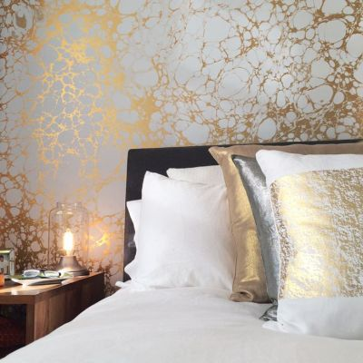 Calico Wallpaper Wabi Bedroom #marbled #marble #wallpaper | Marble Vignettes | Pinterest ...