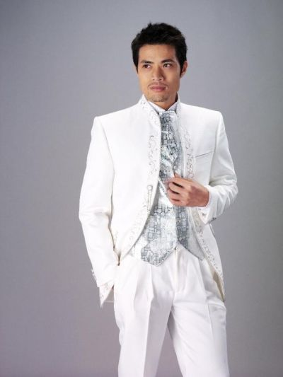 1000+ ideas about Wedding Suits For Men on Pinterest | Men ...