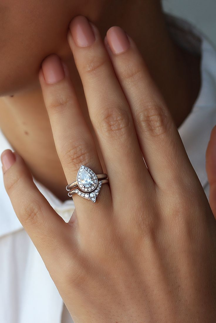 women wedding rings wonder woman wedding ring Third Eye Pear Diamond Engagement Ring with Matching Side Band Solid Gold Rings Bridal Set Natural Diamond Rings for Women Art Deco Rings