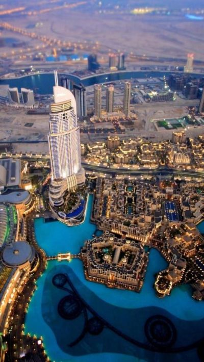 Evening Dubai, United Arab Emirates. There's something so alternate-reality about this place ...