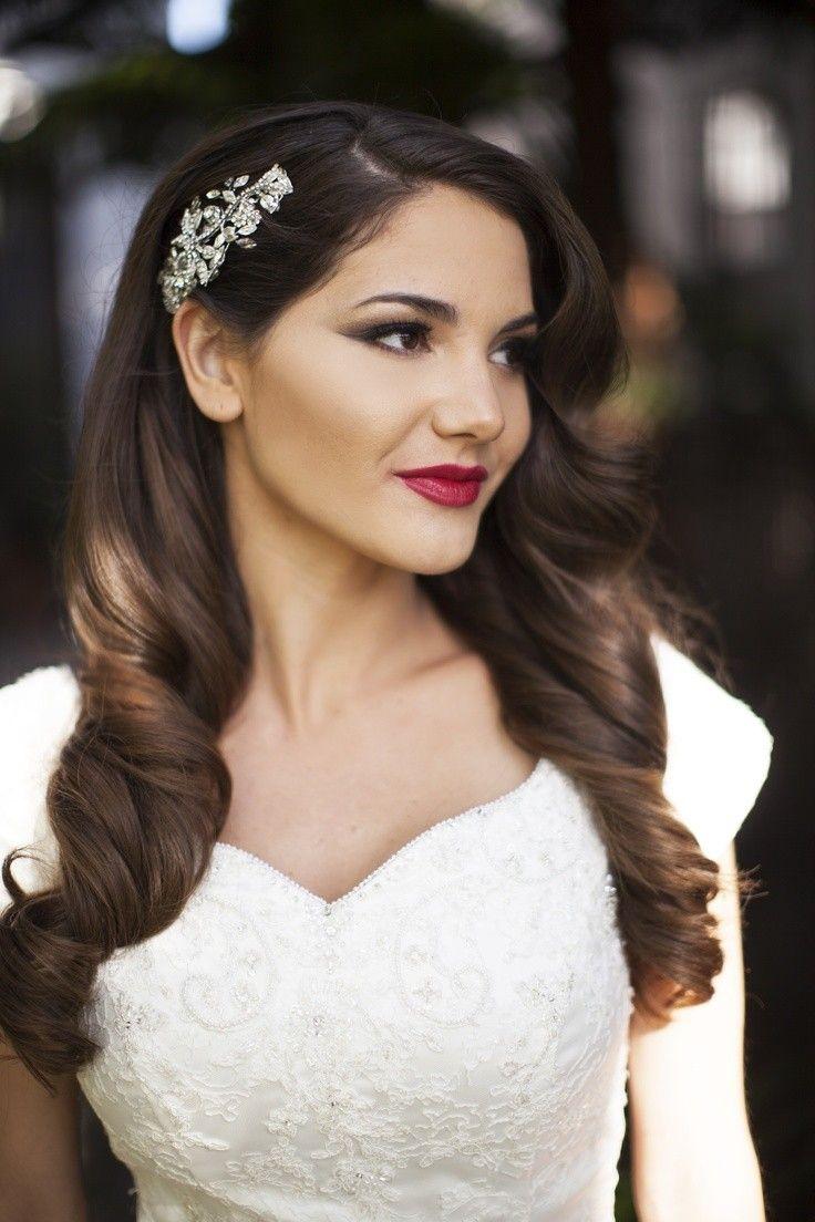 bridal hair clips wedding hair combs 20 Stylish Retro Wavy Hairstyle Tutorials and Hair Looks