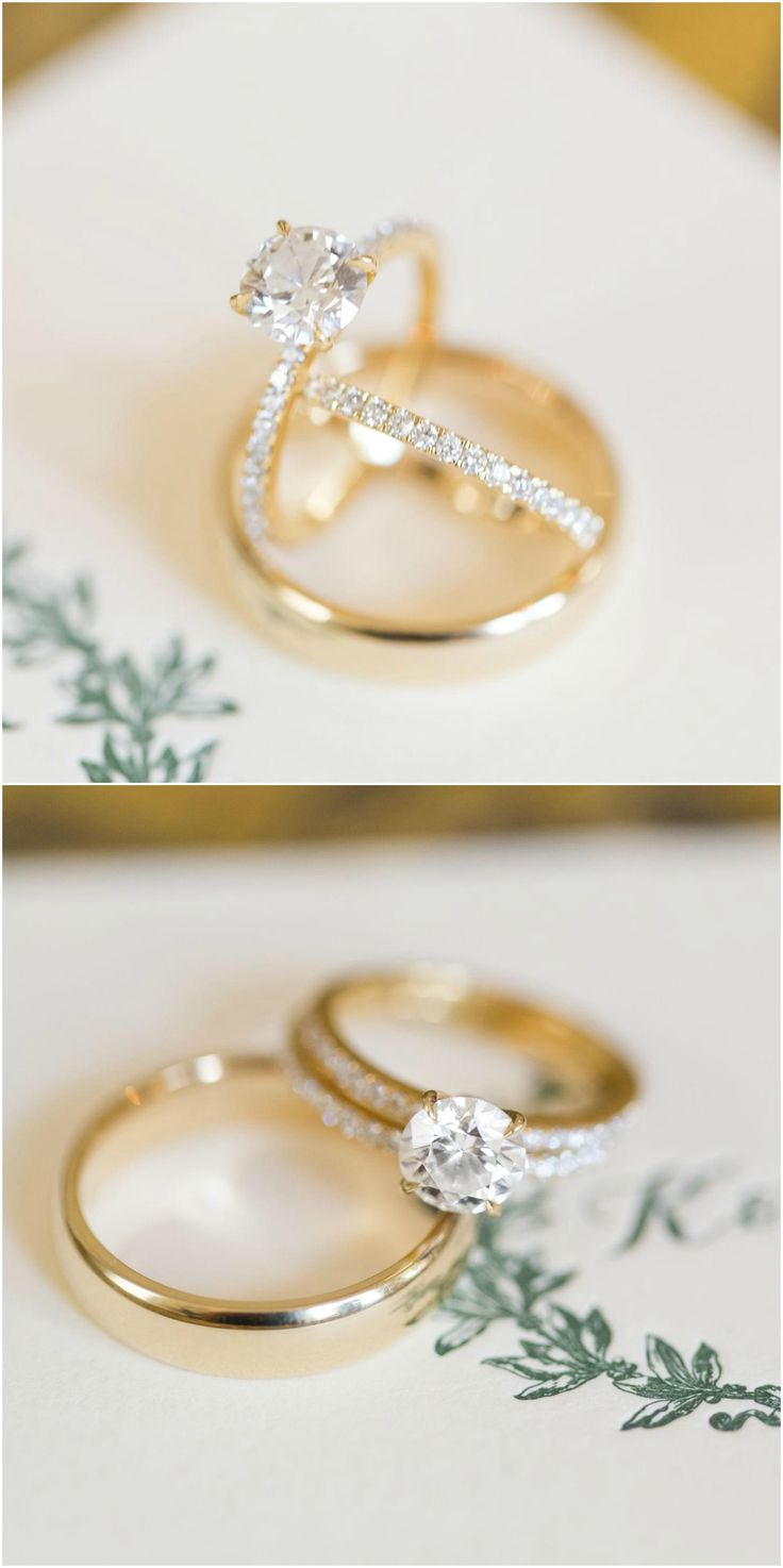 two hands wedding rings pics of wedding rings Wedding Rings on hands Stock Images