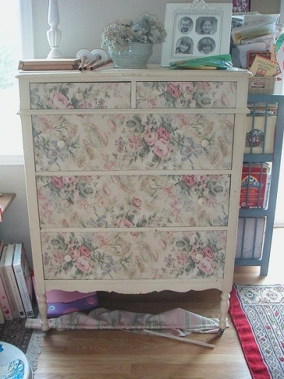 1000+ ideas about Wallpaper Drawers on Pinterest   Wallpaper dresser, Embossed wallpaper and ...