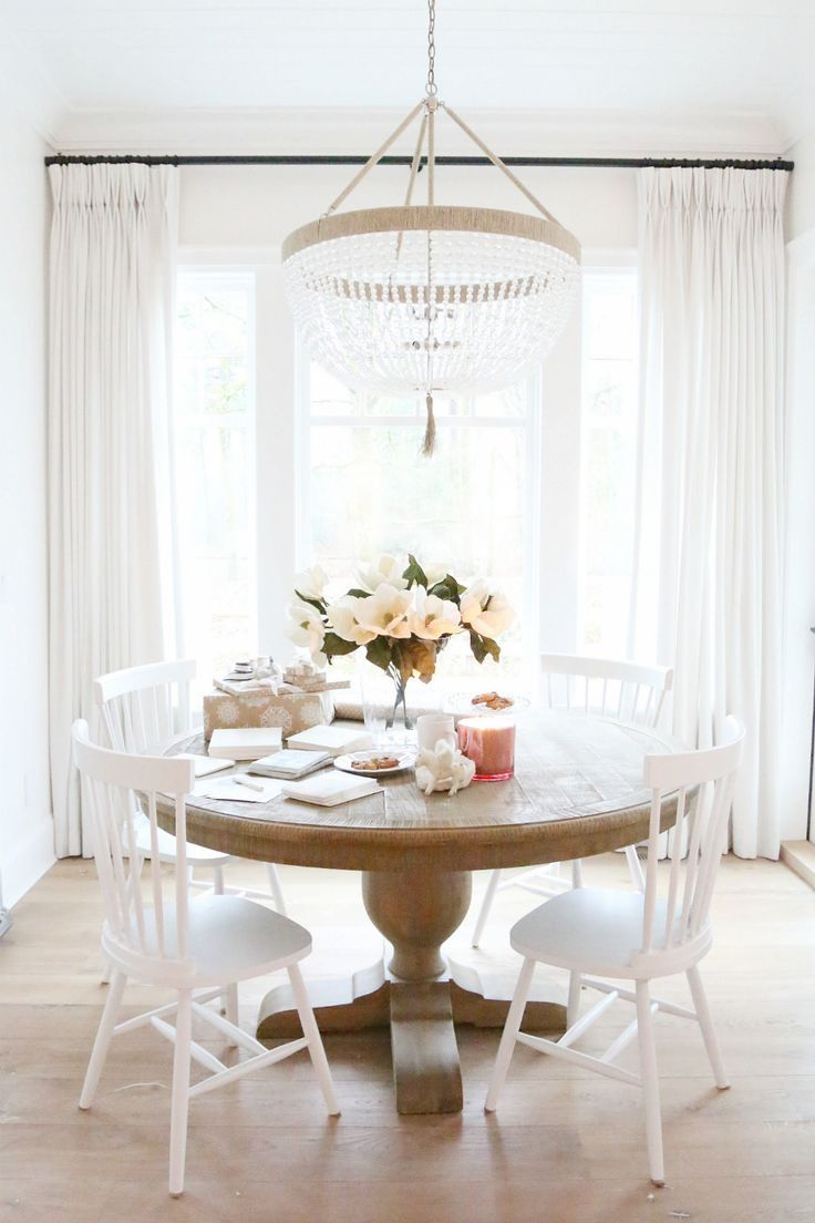 round dining tables round kitchen tables 25 Best Ideas about Round Dining Tables on Pinterest Round dining room tables Round tables and Round dinning table