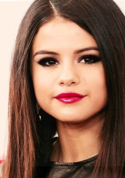 selena gomez bright lipstick and eye makeup. | Beauty | Pinterest | Eyes, Makeup and Chang'e 3