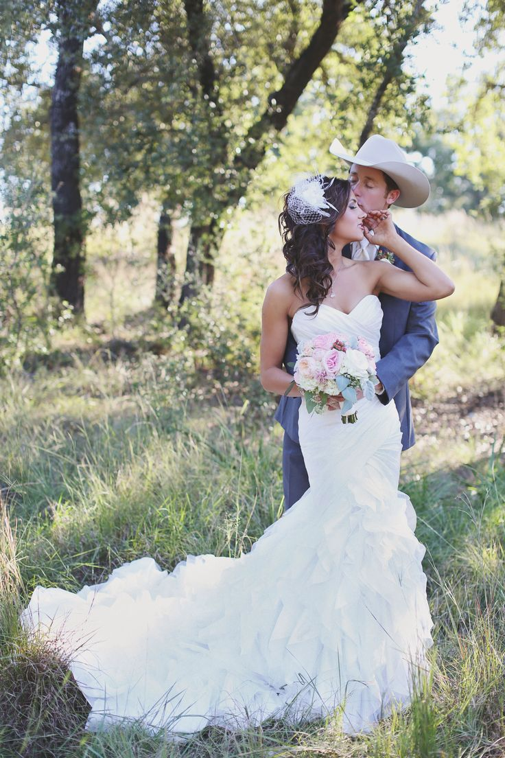 cowboy weddings country themed wedding dresses 25 Best Ideas about Cowboy Weddings on Pinterest Western weddings Cowboy wedding dresses and Western bridesmaid dresses