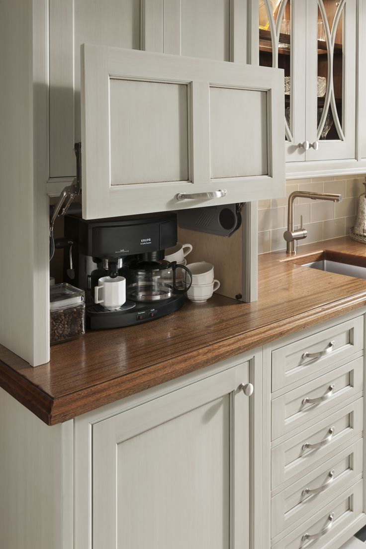 custom kitchen cabinets pictures of kitchen cabinets Excelente gabinete para esconder la cafereta u otros electrodom sticos cocinasmado fabricandosinl mites