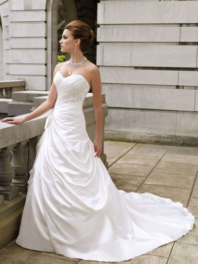 17 Best ideas about Strapless Wedding Dresses on Pinterest ...