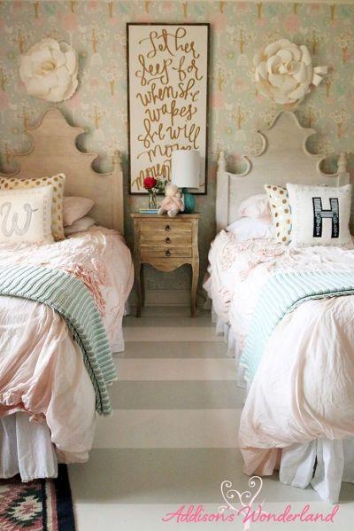 Best 20+ Girls Bedroom Wallpaper ideas on Pinterest | Little girl bedrooms, Pretty little girls ...