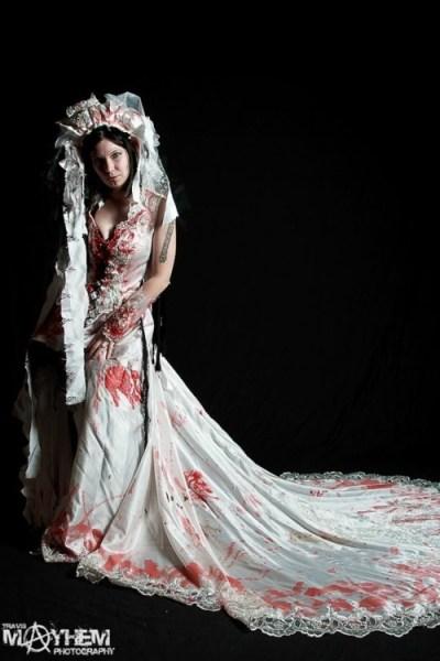 Zombie Wedding Dress! | Geeky | Pinterest | Wedding ...
