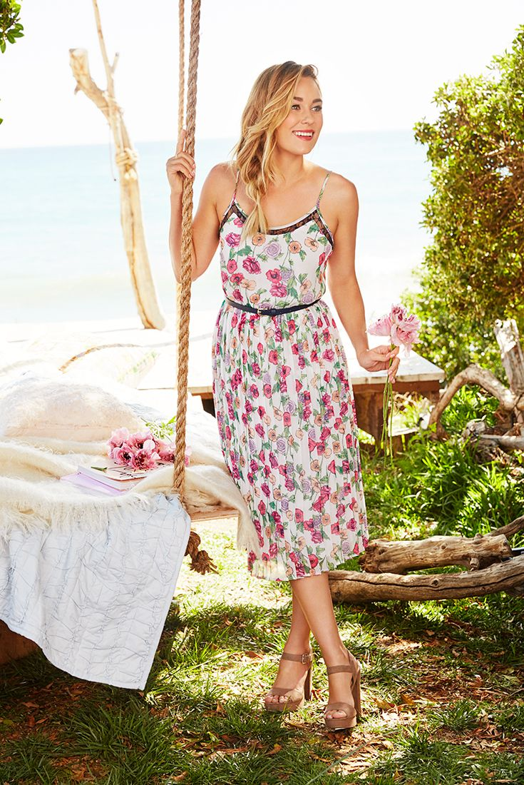 lc lauren conrad kohls wedding dresses Swing into the season of al fresco fetes in a pretty midi dress With black