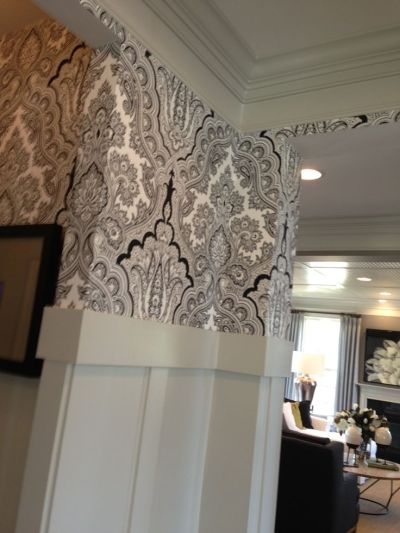 1000+ images about White wainscoting on Pinterest | Built in desk, Hallway ideas and Wainscoting ...
