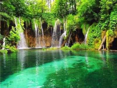 waterfalls pictures for screensavers | ... waterfall-screensaver-mobile-live-waterfall-hd ...
