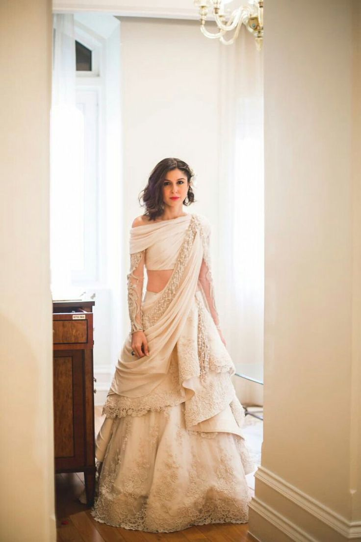 pakistani wedding outfits wedding outfits Scherezade Shroff s wedding outfit swooning over