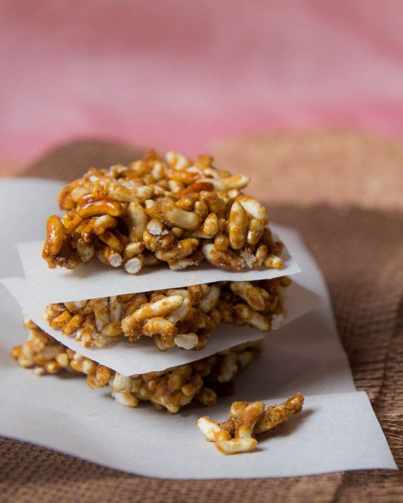 Chikki (Puffed Rice Brittle) - This is a recipe from India and it sounds so good! I love Indian food but I don't have much luck in making it, but this is so simple and easy I think I will try it tomorrow!
