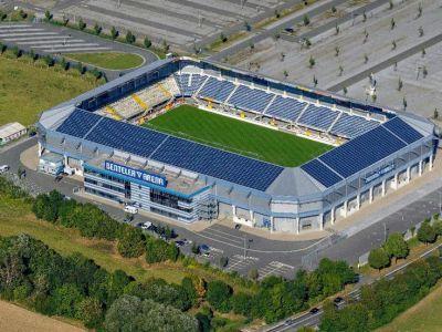 SC Paderborn 07, Benteler Arena | Football Ground - Tyskland | Pinterest | Sc paderborn 07 and ...