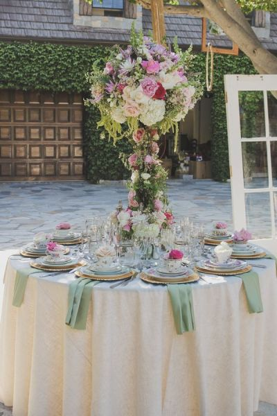 17 Best ideas about Enchanted Forest Centerpieces on ...