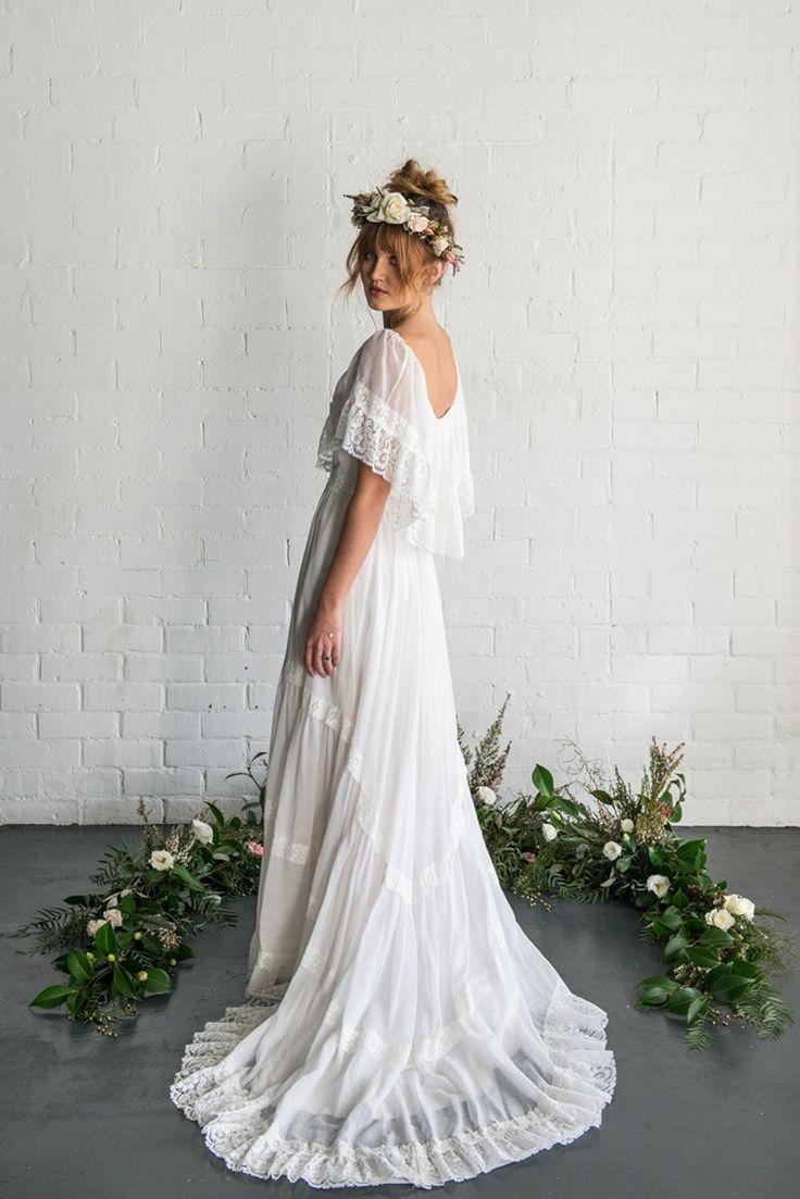 bridals boho wedding dress Boho wedding dress from Etsy See more http theweddingplaybook com