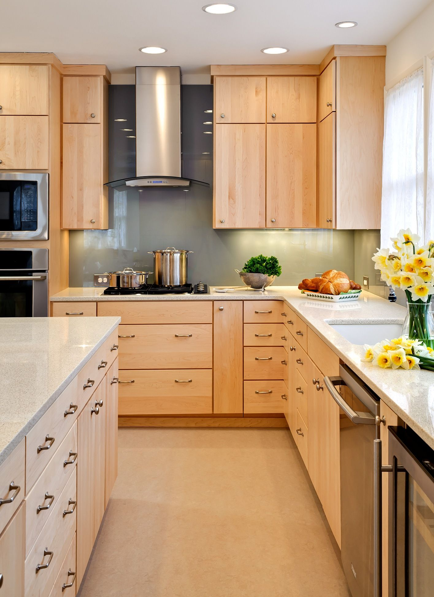 kitchens with maple cabinets too modern but we could do maple cabinets as another option and this is a plain