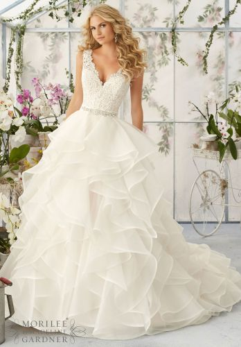 wedding dress skirt Wedding dress style by Mori Lee Venice lace appliques sprinkled with delicate beading onto the flounced organza skirt