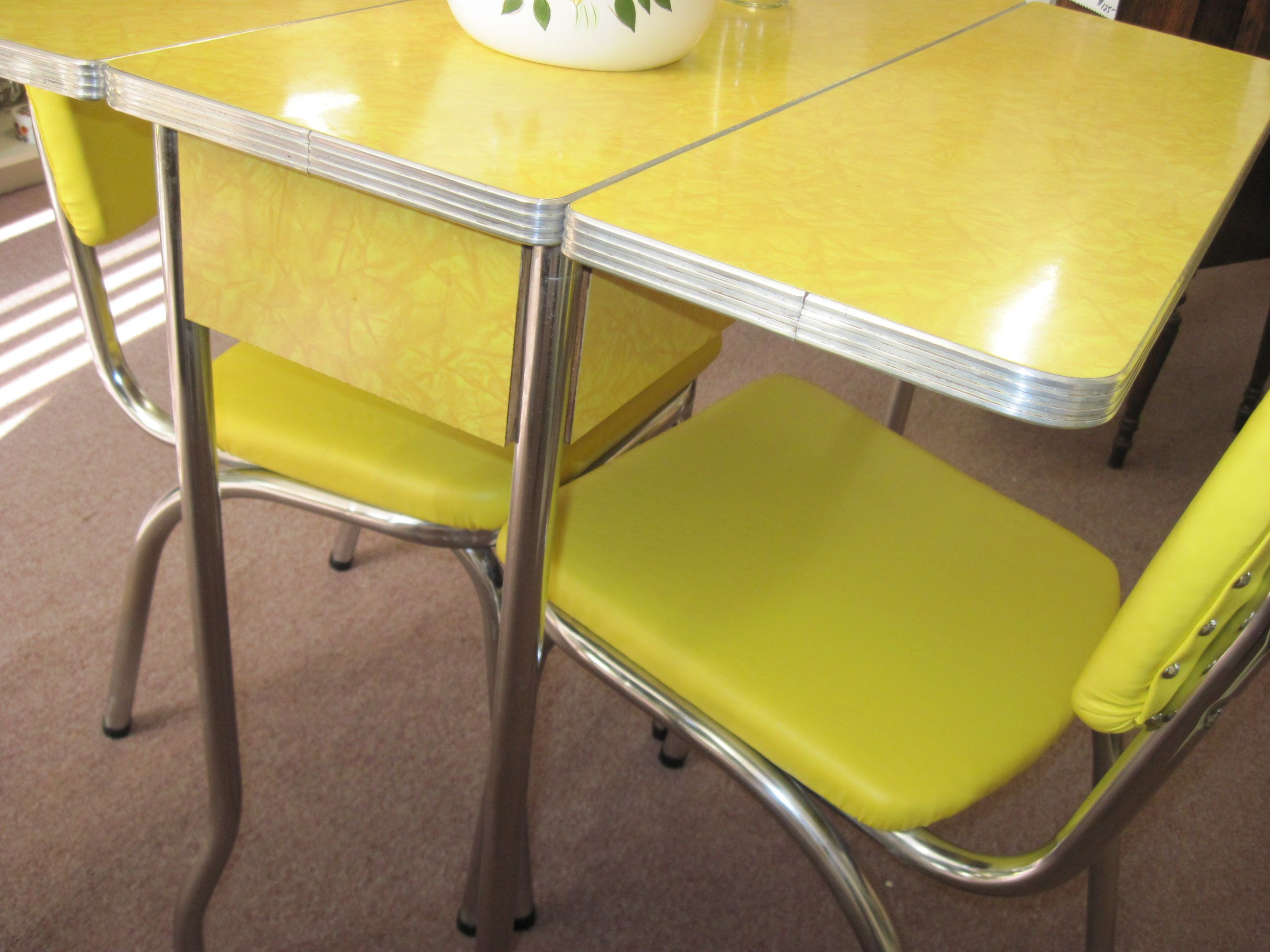 laminate kitchen table retro drop leaf kitchen tables and chairs Yellow s Cracked Ice Formica Table