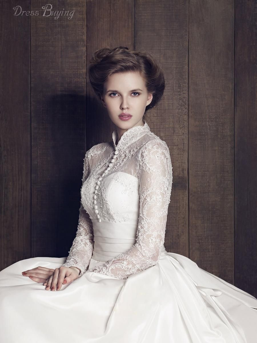 turtleneck wedding dress Classical High Neck Long Sleeves Lace A Line Plus Size Vintage Wedding Dress