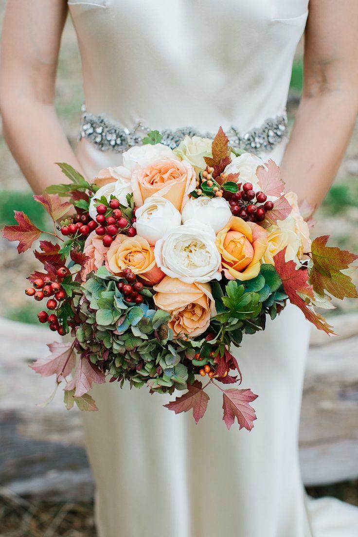 fall flowers for weddings Autumn wedding bouquet