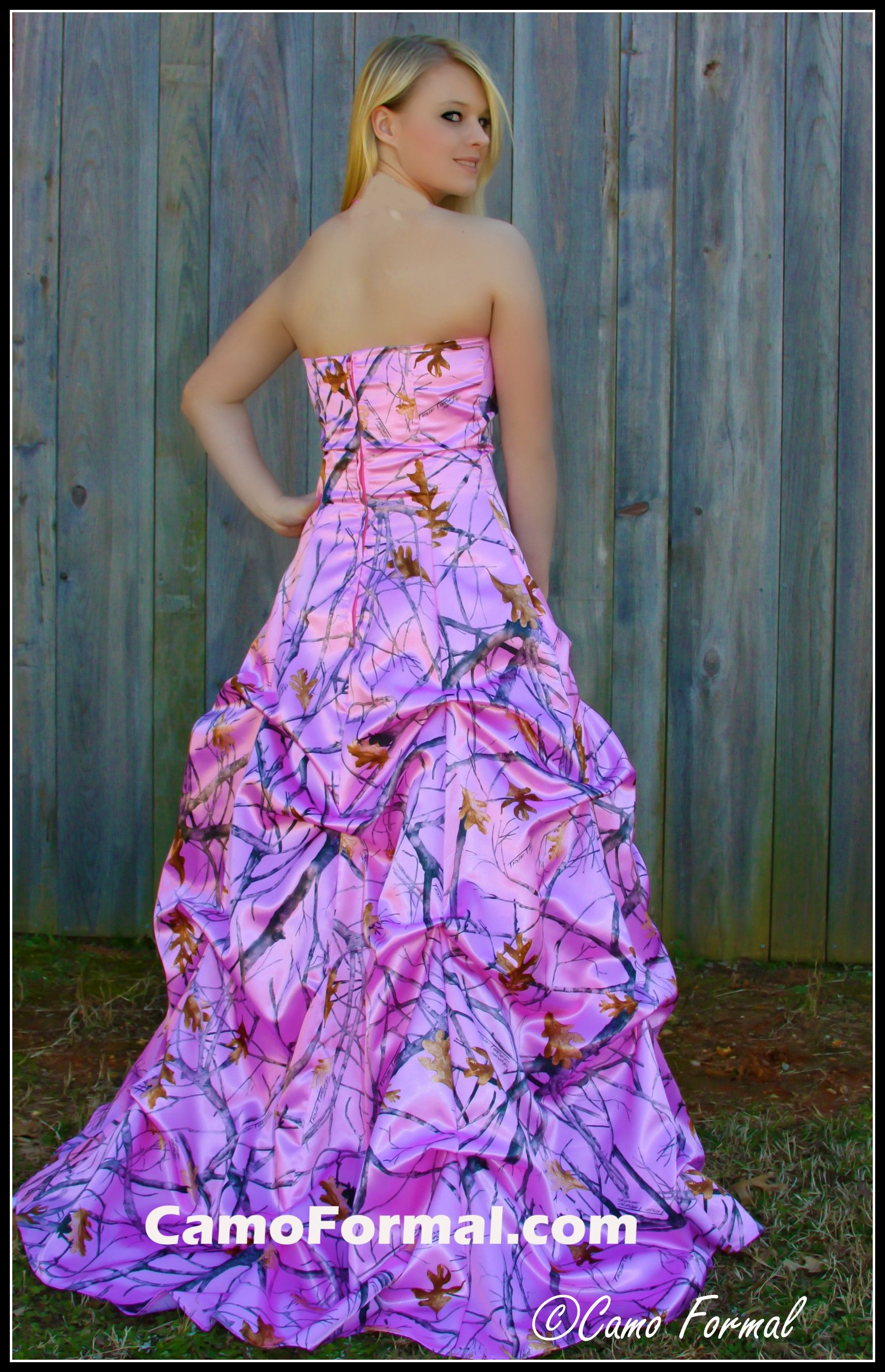 pink camo wedding rings Here s my future wedding dress yall Pink camo