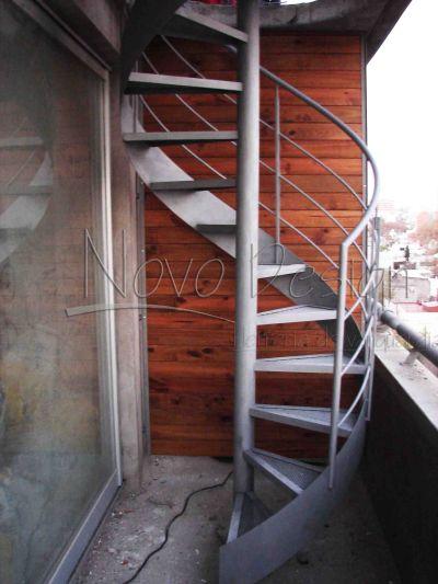 escaleras caracol con cinta helicoidal Venta de Escaleras y Barandas - Novo Design | Proyectos ...