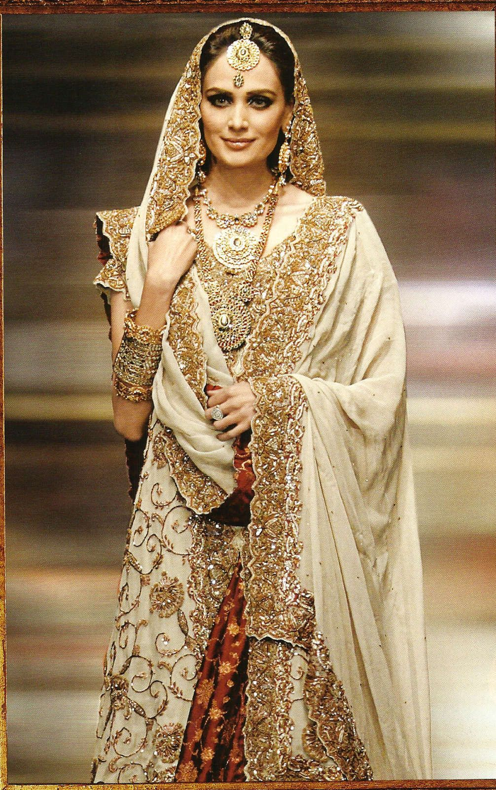 glitter wedding dress Indian Wedding Dresses Gold Photos HD